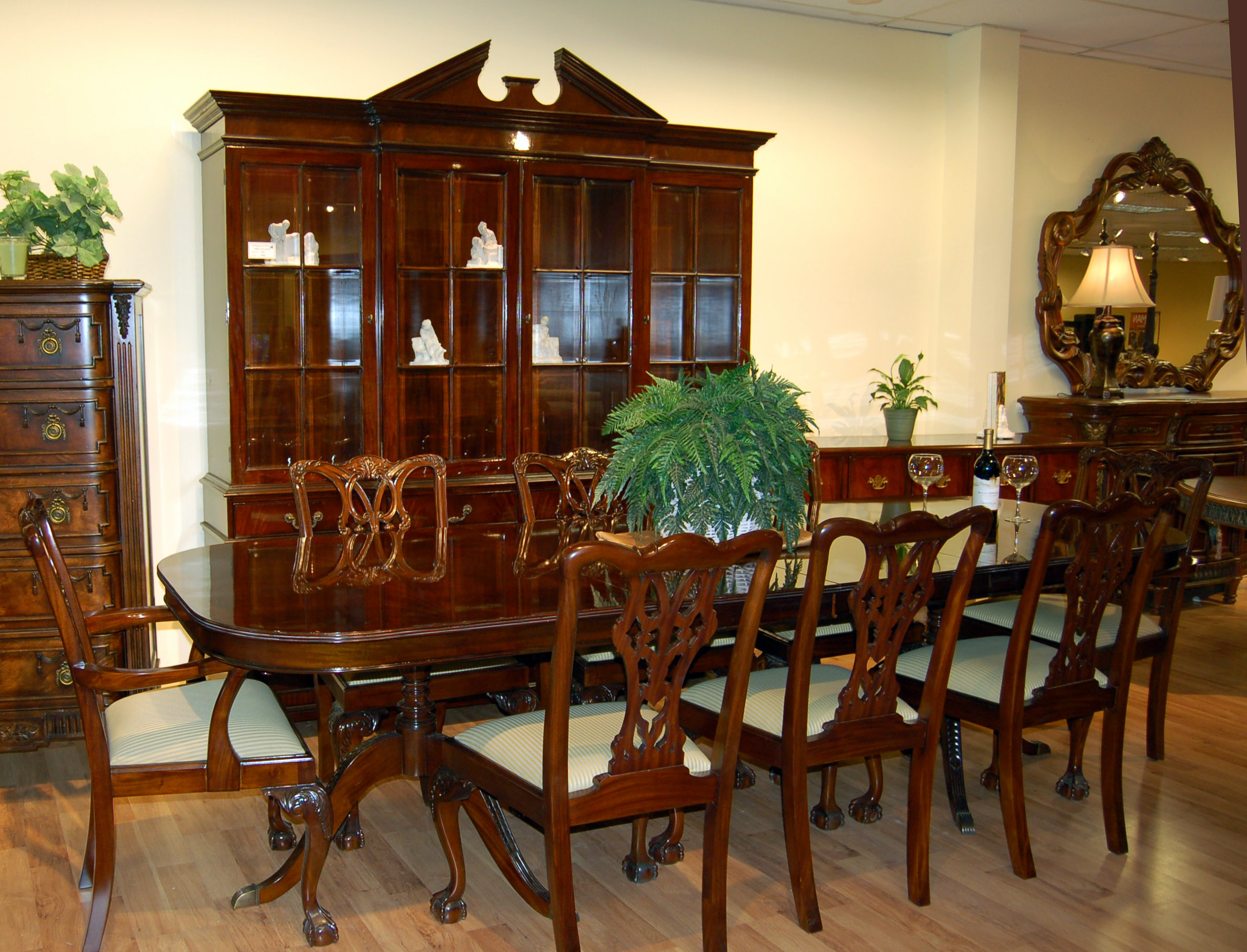 mahogany dining room set image image tahoe rustic style mahogany finish dining room set