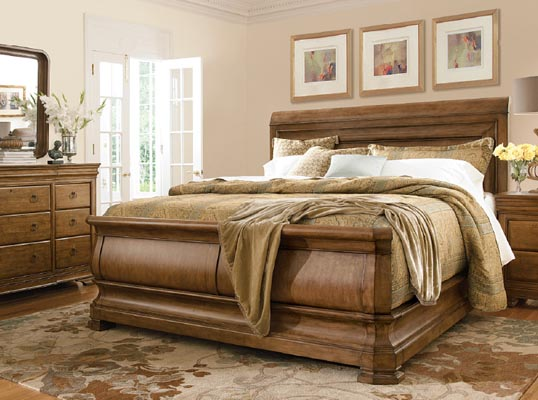 Pennsylvania House New Lou 4 Piece Queen Bed Set ...