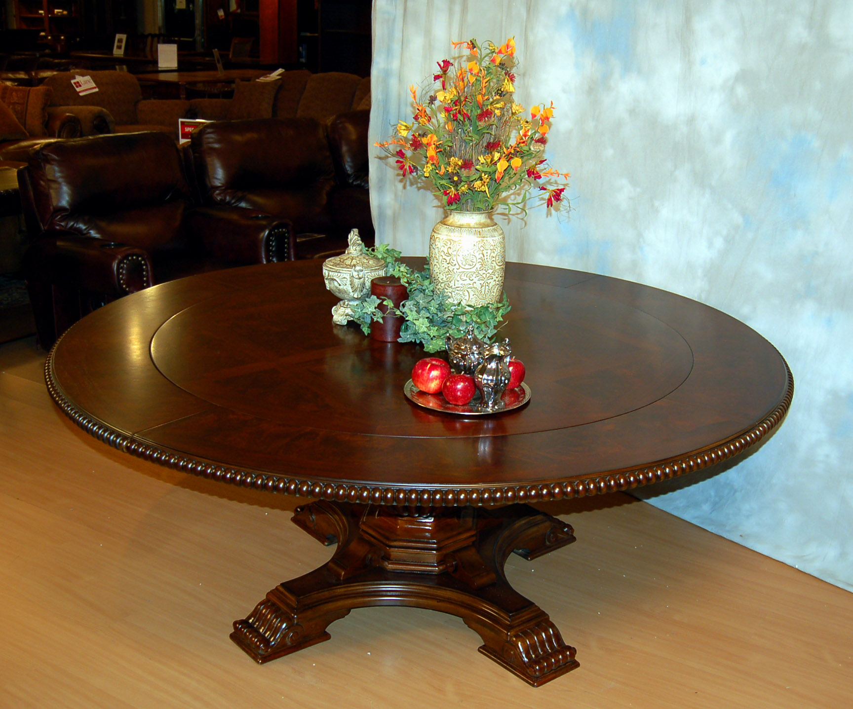 round dining table with concentric leaves gallery